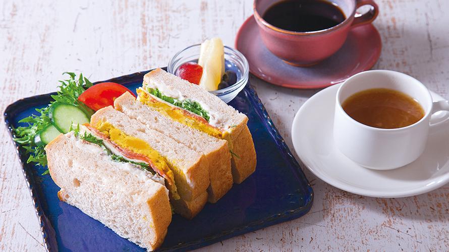 遅めの朝食やランチにもおすすめ  ブランチセット